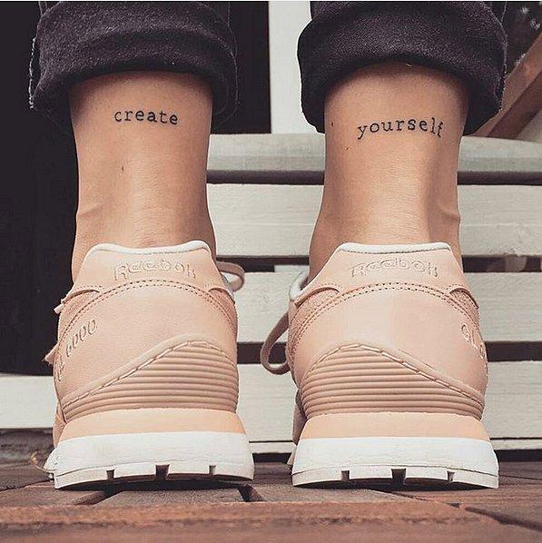 tatuaj tatuaje 20 de tatuaje mici pe care le vei adora Walk Away