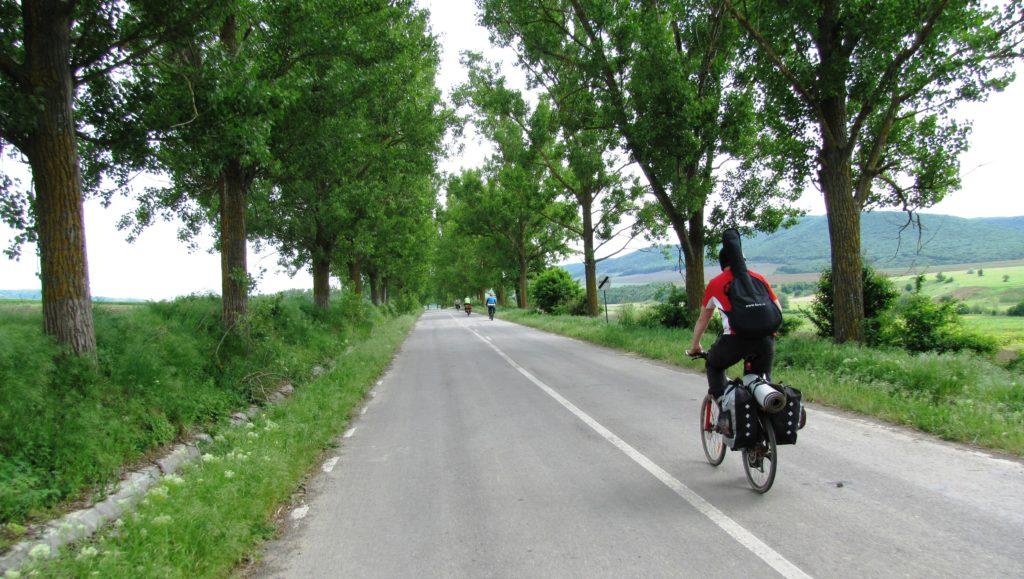 """sport ciclism bicicleta muzica Alexandru Butnariu a găsit echilibrul între sport, adrenalină și """"hippioțeală"""" Alexandru Butnariu"""
