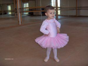 Caterina Casaburi strălucește pe scenele lumii Caterina 1 an si 5 luni 2