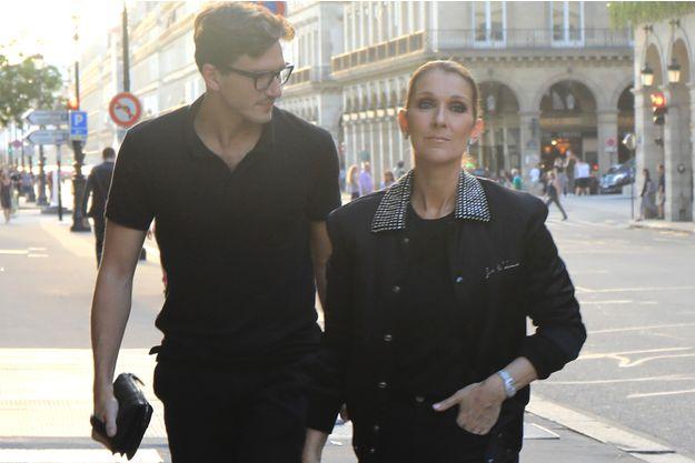 Celine Dion iubește din nou Celine Dion