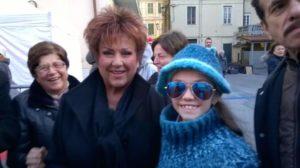 Caterina Casaburi strălucește pe scenele lumii Orietta Berti