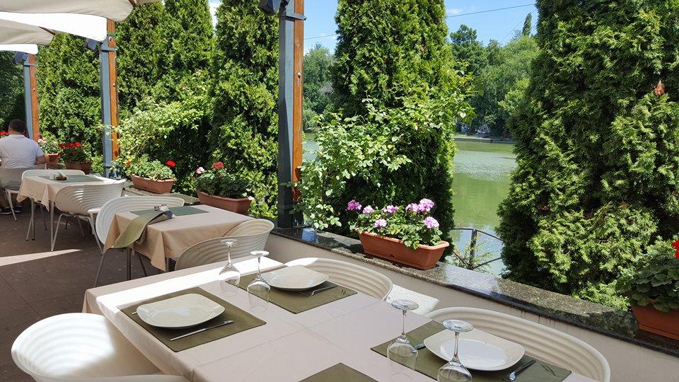 Riviera, restaurantul de lângă lac Riviera 1