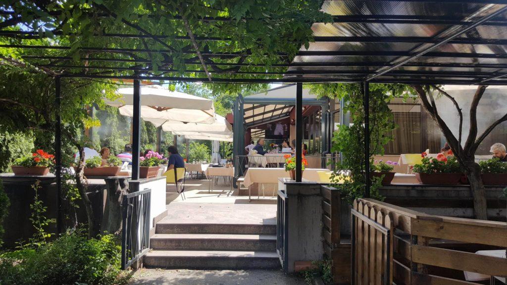 Riviera, restaurantul de lângă lac Riviera