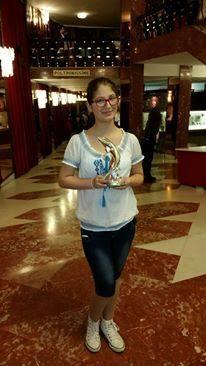 Andreea Ana Mihai, liceana premiantă și pasionată de muzică Andreea si trofeul