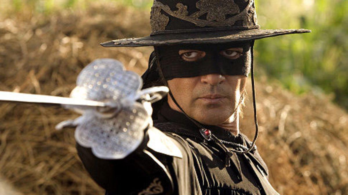 Antonio Banderas, sex simbol ajuns la 57 de ani Banderas Zorro