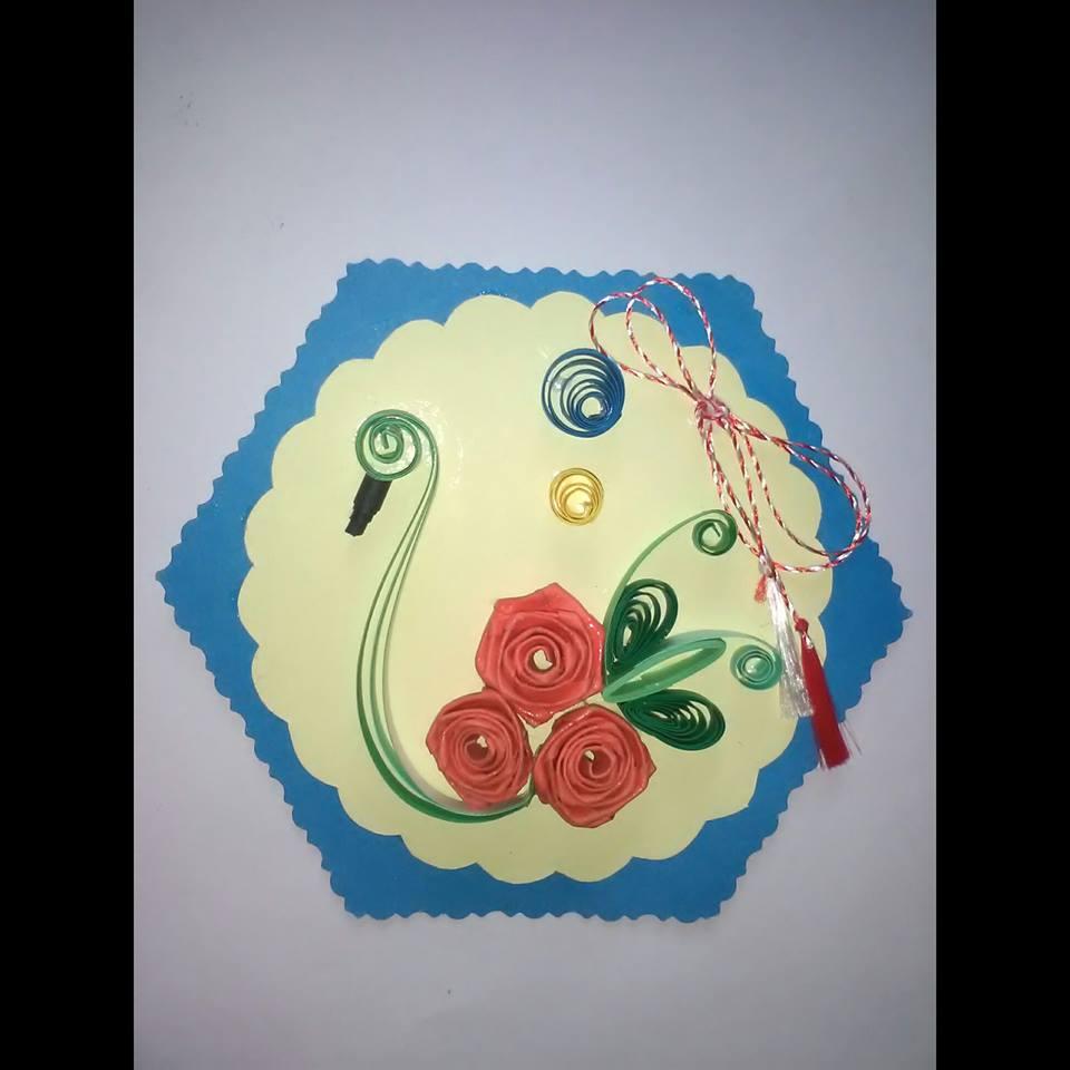 Familia care face artă din hârtie și metal Felicitare quilling