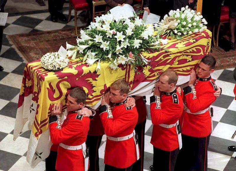 Viața, suferința și moartea Prințesei Diana Moartea Dianei