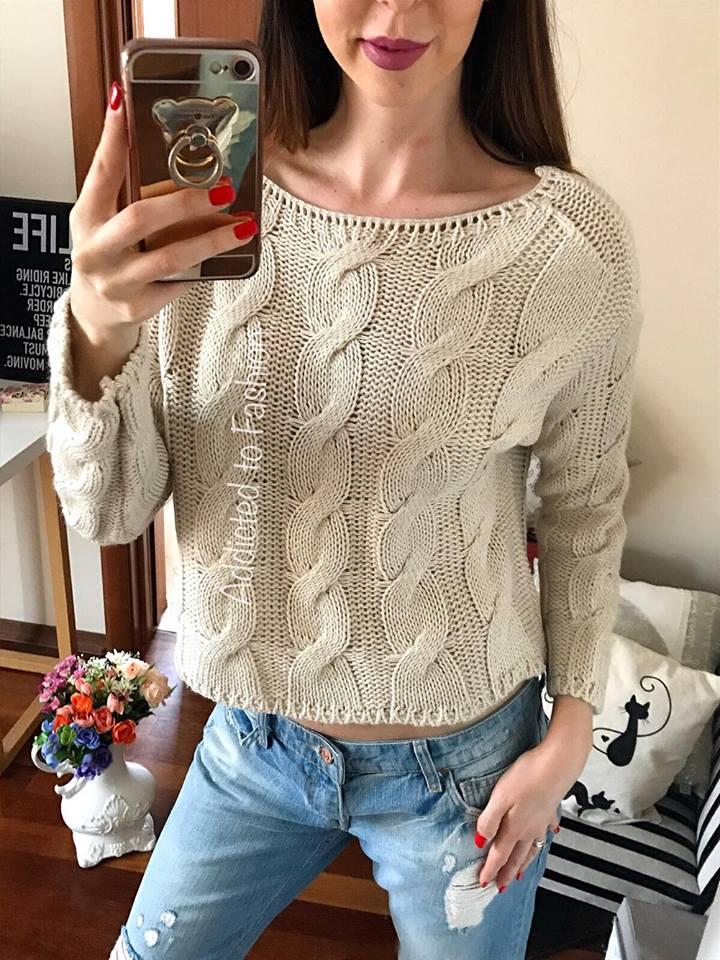 O graderoba de vis pentru o femeie care apreciaza frumusetea pulover
