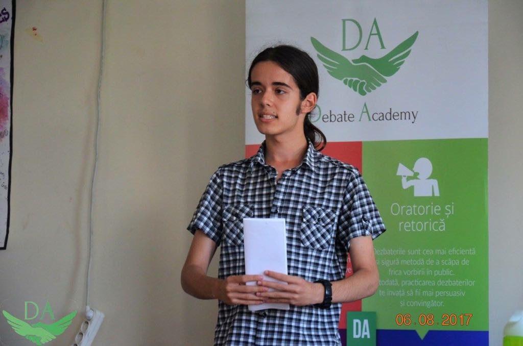 Darius Iordăchioae-Nouri sau pasiunea de a fi debater Dezbatere