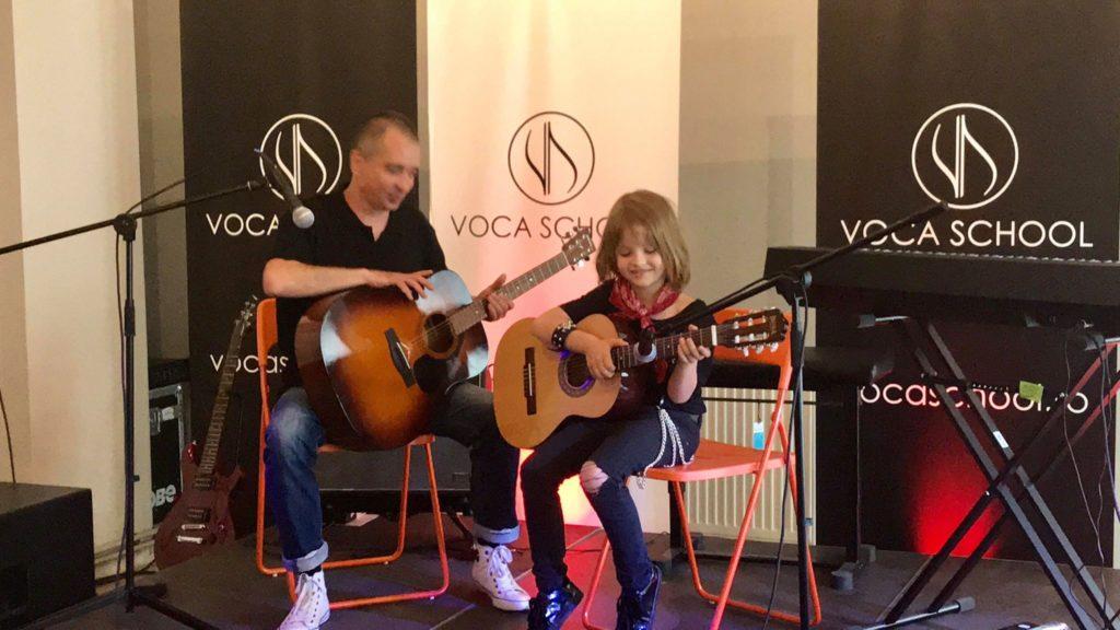 David Dobrincu, băiețelul talentat și frumos din reclame Voca School