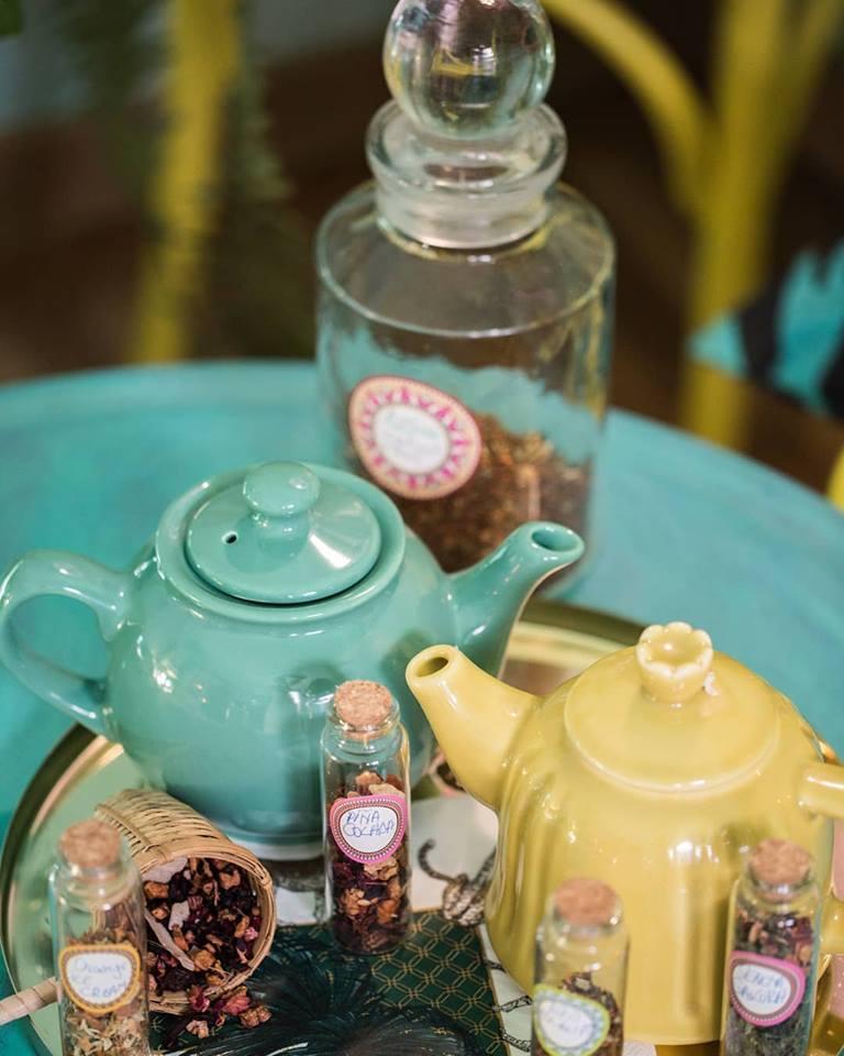 Chaya Tea House, eleganță, stil, rafinament Chaya Tea House, eleganță, stil, rafinament Ceaiuri
