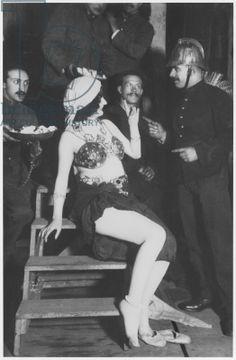 Mata Hari, povestea faimoasei curtezane de la a cărei execuție se împlinesc 101 ani (V) Mata Hari si admiratorii