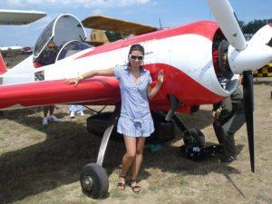 Beatrice Filip - ziarista care și-a schimbat cariera și acum este pilot al unei mari companii de zbor din Emiratele Arabe 315379 4229062925241 1524318805 n