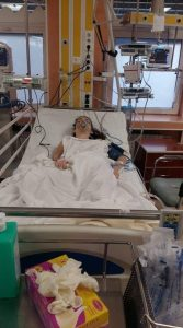 Să o ajutăm pe micuța Loredana Maria care suferă de o boală gravă! 50223122 2171953219786185 5249628398644363264 n
