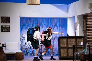 """Cronică de Teatru: """"Pensiunea completă"""" de pe Lipscani 53 7"""