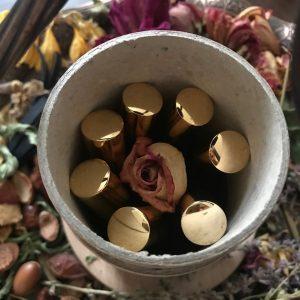 S-a lansat MARRY (ME) ON THURSDAY, parfumul care te căsătorește cu persoana iubită! 74160365 1659313994199481 3469262358784770048 n