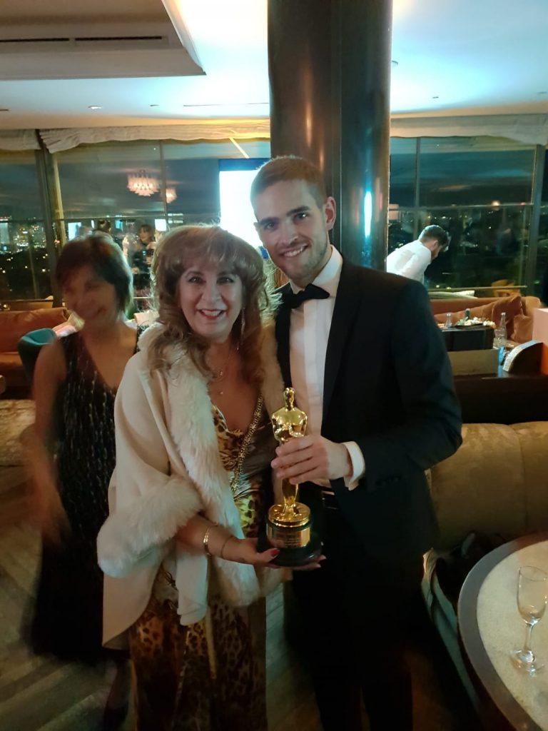 Un câștigător la Oscar, îmbrăcat de un brand românesc Nora Seroussi 4